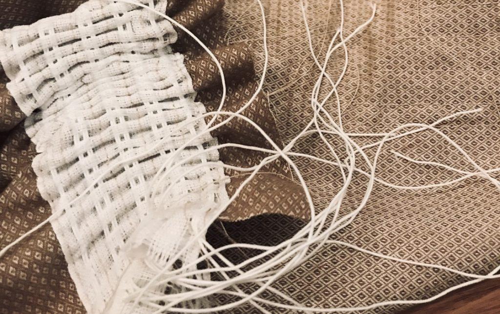 raffung-dirndl-schuerze-kraeuselband
