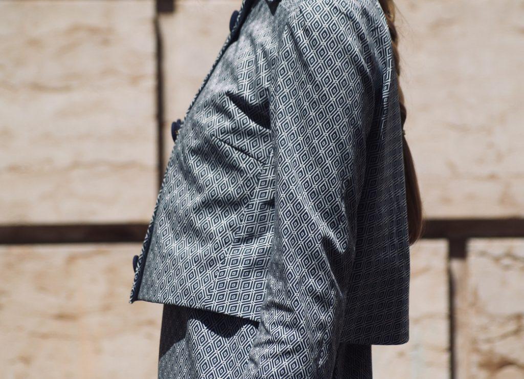 60er-jahre-kostuem-seitenansicht