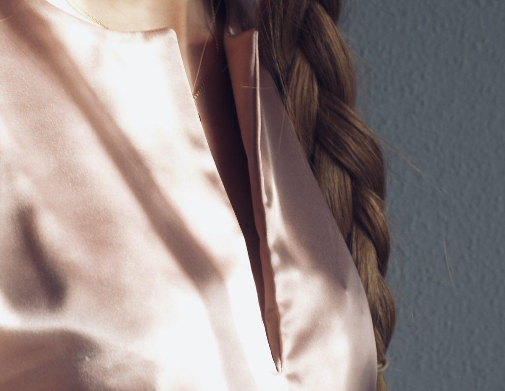 elegante-bluse-naehen-Ausschnitt