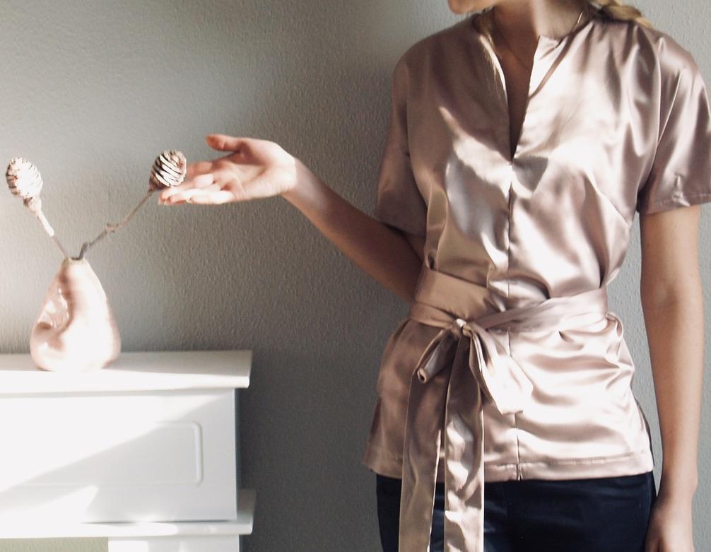 elegante-bluse-naehen-aus-seiden-satin